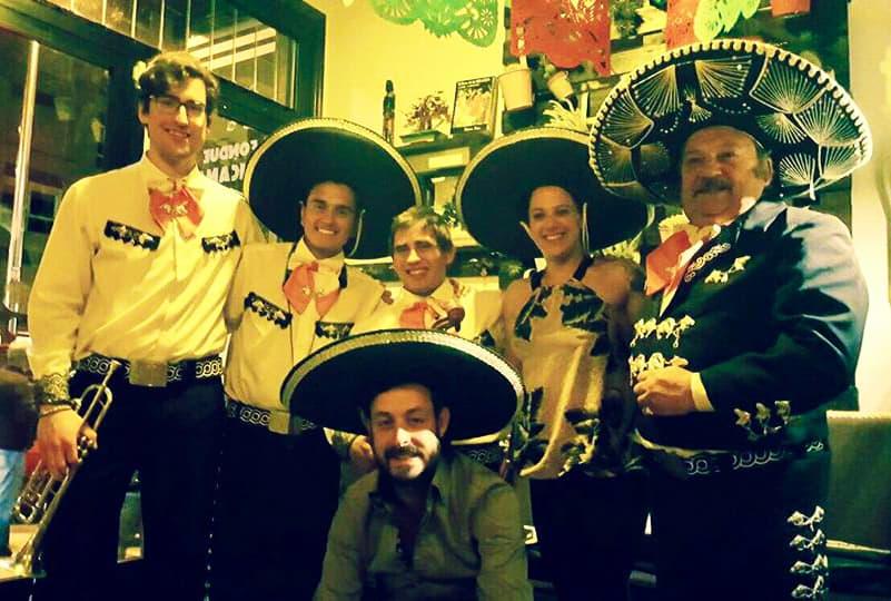 mariachi la fondue mexicana