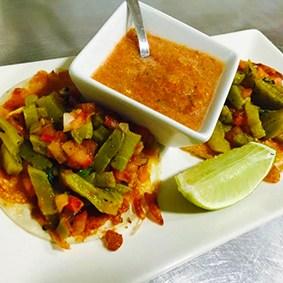tacos de nopal con queso la fondue mexicana